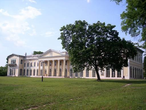 Fót,_Károlyi-kastély